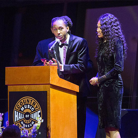 MarQo Patton and wife, Whittney, accepting Lipscomb Honors award in 2018