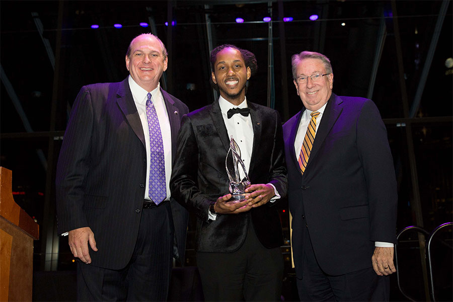 L to R: Phil Ellenburg, MarQo Patton and President Randy Lowry at the Lipscomb Honors event in 2018