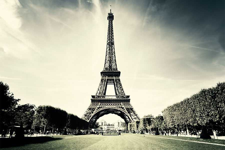Photo of the Eiffel Tower in Paris France.