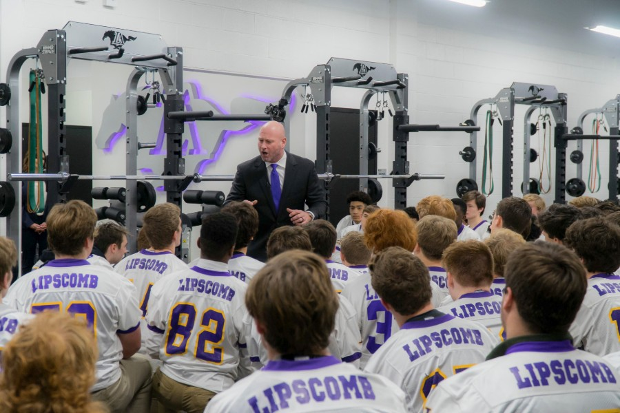 News - Trent Dilfer speaking to team