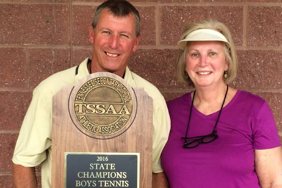 Lynn and Dianne Griffith with state championship trophy.