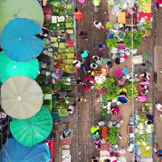 Outdoor market in Costa Rica