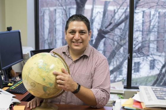 News - Julio Rivas Globe
