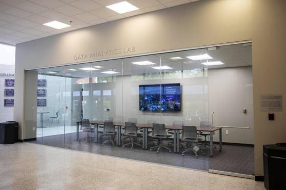 Lipscomb data analytics lab