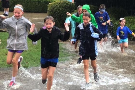 Kids participating in fun run